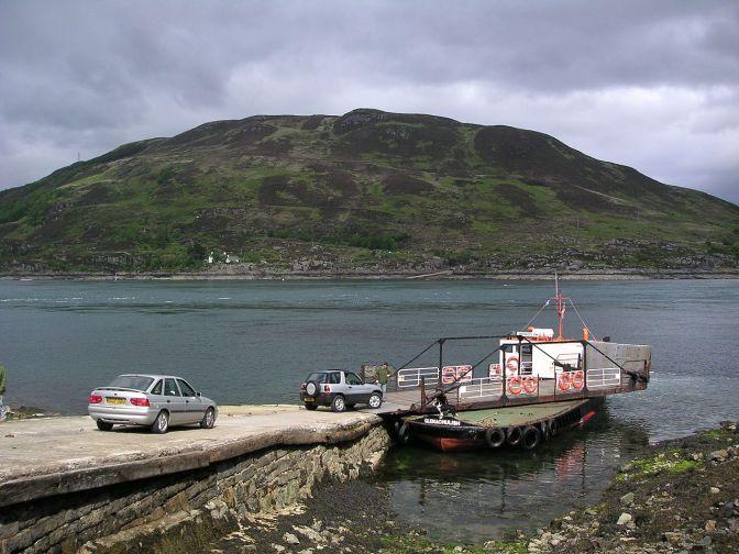 1280px-Scotland_Glenelg_Kylerhea_ferry